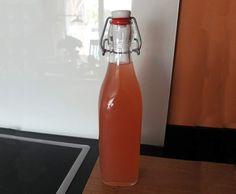 Rezept Rhabarbersaft - Rhabarbersirup von Schirmle - Rezept der Kategorie Getränke