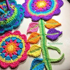 queen_babs colorful crochet flower
