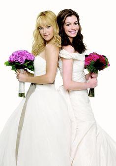 """Kate Hudson y Anne Hathaway en """"Guerra de Novias"""" (Bride Wars), 2009"""