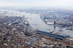 EYE, helicopter city overview - photo by Iwan Baan