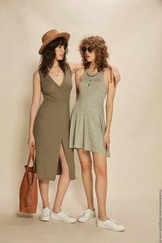 MODA 2017: los principales items de la moda del verano 2017 de Inversa. Looks de estilo urbano y femenino de la marca argentina. Vestidos, tops, blusas y pantalones verano 2017 by Inversa. Moda verano 2017 mujer.