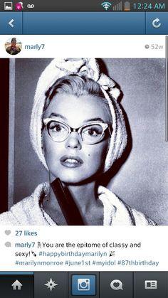 Smart Marilyn