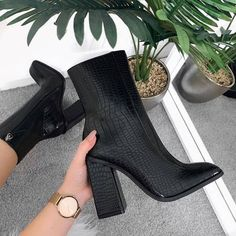 Dr Shoes, Crazy Shoes, Me Too Shoes, Pretty Shoes, Cute Shoes, Heeled Boots, Shoe Boots, Black Ankle Boots, Aesthetic Shoes