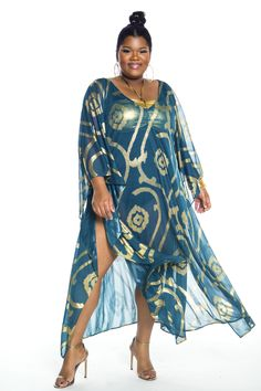 First Look: Jibri's Swim 2017 Poolside Collection http://thecurvyfashionista.com/2017/05/jibri-plus-size-poolside-collection/  We can always use a fancy plus size sheer kaftan for the pool or beach, right?  Looking for the best cover-up for this summer?! Here's your first look at Jibri's Swim 2017 Poolside Collection. This must have collection will rock you!