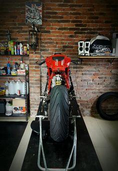 Ducati 999 Cafe Racer Project