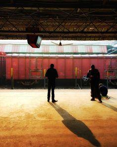Early morning vibes #kvk #photographylovers  #people #peoplescreative #travel #photographyeveryday #varanasi #ig_varanasi #morning #travelphotography #india #ig_travel #exploretocreate #desi_diaries #places #traveldiaries #instalike #traveller #justgoshoot #travelgram #photography #landscape  #beautiful#streetart  #phodus #ig_podium #igindia #_soi #incredibleindiaofficial