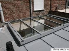 Canopy on roof terrace Glass Extension, Roof Window, Pergola Attached To House, Glass Roof, House Extensions, Diy Pergola, Skylight, Outdoor Pool, Canopy