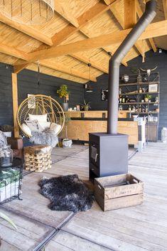 Outdoor Rooms, Outdoor Living, Outdoor Decor, Outdoor Patios, Outdoor Kitchens, Interior Garden, Interior And Exterior, Porch Veranda, British Colonial Style