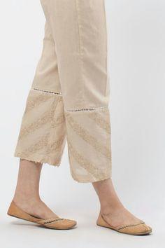 Salwar Pants, Salwar Dress, Kurta With Pants, Trouser Pants, Frock Fashion, Fashion Pants, Pakistani Fashion Casual, Salwar Designs, Casual Work Outfits