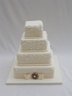 Antique Lace wedding cake by The Boutique Kitchen, via Flickr