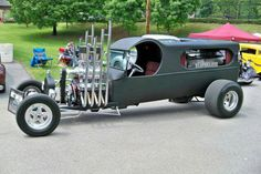cab Hearse I have seen an article on this and found that the varying length straight pipes when revved are something to behold. Rat Rods, Old Trucks, Chevy Trucks, Custom Trucks, Custom Cars, Art Steampunk, Classic Hot Rod, Classic Cars, Flower Car