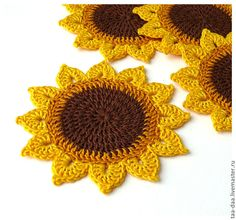 Crochet sunflower doily / Lace / Yellow with black or brown / Crochet Art, Crochet Home, Crochet Gifts, Crochet Motif, Crochet Doilies, Crochet Flowers, Hand Crochet, Crochet Square Patterns, Crochet Designs