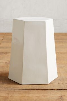calo side table | an