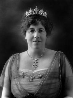 Elizabeth Clerk, Lady Merthyr, wearing the Merthyr Tiara, United Kingdom (diamonds). © National Portrait Gallery, London.