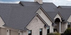 Metal Shake Roofing For How To Install Metal Roofing Standing Seam Metal Roof Cost Roofing Services, Roofing Contractors, Roofing Companies, Roofing Products, Roofing Systems, Metal Roof Cost, Metal Roof Installation, Zinc Roof, Metal Roof Colors