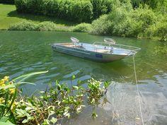 La Maltière fabrique de barque en alu, soudée à la main et conçue pour durer, stable et légère. Il s'agit de barque de pêche. barque alu, barque peche, barque aluminium, barque a fond-plat, barque-stable, barque-fond-plat, barques-de-peche, bateau-aluminium, fabrication, peche, rame, canot, barque legere,annexe, barque de peche en aluminium soudee en fine epaisseur