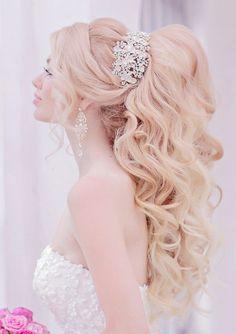 Featured Hairstyle: Websalon Wedding - Anna Komarova; www.websalon.su