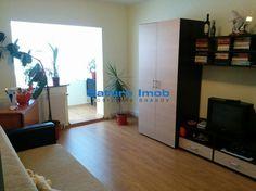 Vanzare apartament 3 camere decomandate zona Scriitorilor