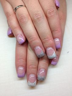 Check Out 25 Gel Nails Art Designs For a Complete Unique Look. Getting Gel Nails is the perfect way to dress up your hands. Light cured gel nails are typically the more popular style and are commonly used in a number of salons today. Gel Nail Art Designs, Simple Nail Designs, Pretty Designs, Acrylic French Manicure, Acrylic Nails, Cute Nails, Pretty Nails, Nautical Nail Art, Fox Nails