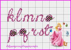 monograma Bela adormecida by Dinha ponto cruz