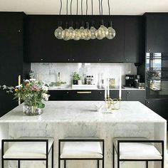 Black Kitchen Cabinets, Black Kitchens, Luxury Kitchens, Home Kitchens, White Cabinets, Kitchen Black, French Kitchens, Kitchen Pantry, Marble Kitchen Countertops