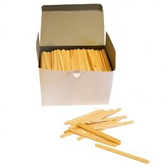 1000 pack of natural coloured lolly sticks.