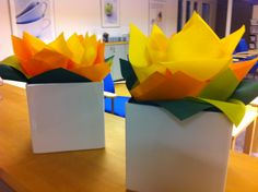 Softlin napkin flowers Napkins, Table Lamp, Decorations, Paper, Tips, Flowers, Ideas, Home Decor, Table Lamps
