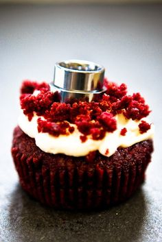 Red Velvet Cupcakes with Sugar-Free Cream Cheese Frosting » Keepin' It Kind