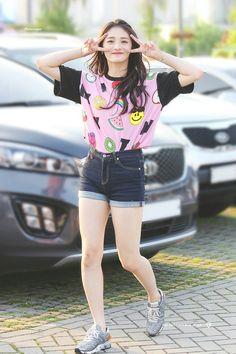 Best Korean Fashion Ideas For Teen. Kpop Fashion, Korean Fashion, Girl Fashion, Womens Fashion, Japanese Fashion, Fashion Ideas, Kpop Girl Groups, Korean Girl Groups, Kpop Girls