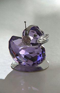 Swarovski Moments Happy Ducks, Duck J - Crystal Classics Purple Love, All Things Purple, Purple Glass, Shades Of Purple, Purple Stuff, Swarovski Crystal Figurines, Swarovski Crystals, Purple Reign, Glass Figurines