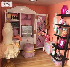 American Girl Isabelle's Studio dollhouse doll
