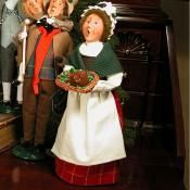 Byers Choice Carolers - A Christmas Carol - Mrs. Cratchit (Second Edition)