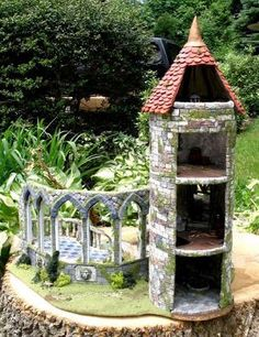 17 Cutest Miniature Stone Houses To Beautify Garden This Summer - Gardening Zones Fairy Garden Houses, Gnome Garden, Large Fairy Garden, Garden Bar, Fruit Garden, Dream Garden, Mini Mundo, Fairy Village, Fairy Furniture