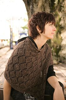The heartwood Cape by Silvia Bo Bilvia FREE PATTERN on Ravelry lovely way to layer in chillier weather
