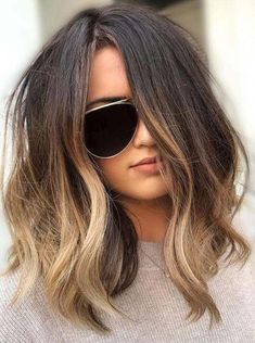 Mind blowing dark to lighter brown hair color on medium length hair hair 9 Light Brown Hair Color Ideas for a Fresh New Look Brown Hair Balayage, Brown Blonde Hair, Hair Color Balayage, Hair Highlights, Brown Ombre Hair Medium, Brown Hair Medium Length, Lob Ombre, Balayage Lob, Lob Balyage