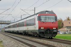 Zusatz-IR von Bern nach Domodossola am bei Kiesen Swiss Railways, Train Engines, Commercial Vehicle, Bern, Switzerland, Transportation, The Unit, Paths, Locomotive