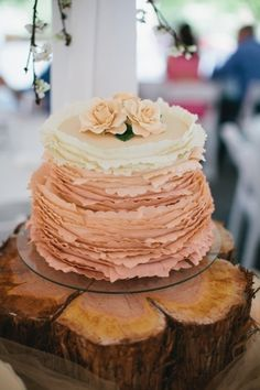 Wedding Cakes: Rustic Lavender Handmade Cake |Photography by Courtney Reese on Glamour and Grace via Lover.ly