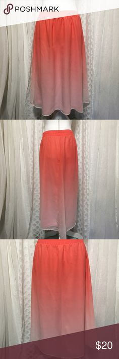 Old Navy coral ombré skirt size small Old Navy skirt size small. Beautiful chiffon skirt, fully lined. Skirt is three-quarter length. Ombré coral colored, dark to light. Wide elastic waist band. Waste 14 inches can go up to 16 Length 27 inches 100% polyester Skirt is in wonderful condition. Light, feminine. Just overall a sweet darling skirt. Thanks for visiting my closet feel free to look around!🤗 Old Navy Skirts