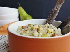 Recette de Salade d'endives aux poires, noisettes et comté : la recette facile