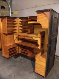 Shop dressers and other antique and modern storage pieces from the world's best furniture dealers. Smart Furniture, Furniture Plans, Wood Furniture, Furniture Design, Rangement Art, Fly Tying Desk, Hobby Room, Craft Storage, Woodworking Projects Plans