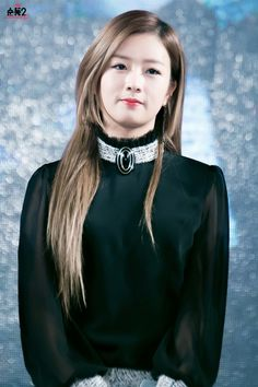 Bomi from Apink Kpop Girl Groups, Kpop Girls, Pink Panda, Korean Girl, Make Me Smile, Asian Beauty, Singer, Celebrities, Hair Styles
