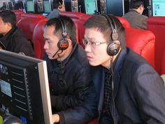 倪凯志(右)+陈词