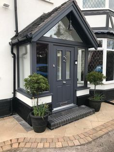 Best porch in Stoke-On-Trent Porch Uk, House Front Porch, Cottage Porch, Porch Doors, Front Porch Design, House Entrance, Front Porches, 1930s House Extension, Porch Extension