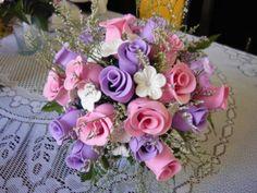 buque de flores em eva                                                       …                                                                                                                                                                                 Mais                                                                                                                                                                                 Mais