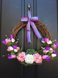 Wreaths For Front Door, Door Wreaths, Grapevine Wreath, Henna Style, Easter Wreaths, Spring Wreaths, Tulip Wreath, Flower Mound, Purple Tulips