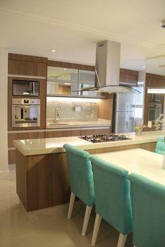 Cocinas de estilo moderno por Padoveze e Sassi
