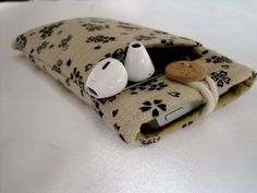 iPhone 5 pouch / iPhone 5 sleeve / iPhone 5 by BIGandsmallarts