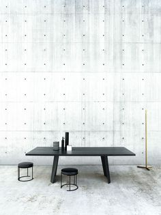 Wedge table design Arik Levy, Nina stool design David Lopez Quincoces, carpet Sin Titulo Collection