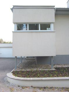 House in Kollmannstrasse, Eisenstadt, 2002 Design: Klaus-Jürgen Bauer Architekten Best Interior, Home Interior Design, Interior Decorating, Good House, My Design, Planter Pots, Spaces, Image, Photos