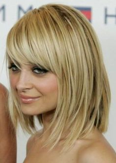 Long bob with piecey bangs: Socialite and style icon Nicole Richie looks superb with her long blonde bob and pretty, piecey bangs. This is a fantastic bob hairstyle for fine, thin hair as the layers and feathered ends create the illusion of fuller, thicker locks. Get your stylist to create side-swept, piecey bangs for an enigmatic final touch, and pair your new hair'do with smoky eye makeup and nude pink lips for maximum sex appeal.